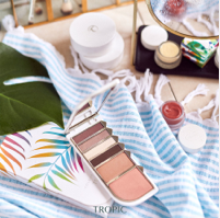 Tropic compact for makeup masterclass